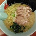 山岡家 - 料理写真:醤油チューシュー870円