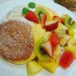 幸せのパンケーキ - フルーツパンケーキ    アップ