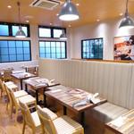 THIS 伊豆 SHIITAKE バーガーキッチン - お隣のカフェ