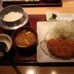 長津田農場 - 料理写真:和豚もちぶたロースかつにご飯セット