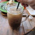 T.C cafe - アイスコーヒーにミルク