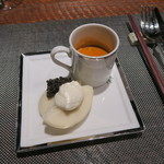 レンゲ - 29年12月 上海蟹のビスク  カスピ海産ベルーガのキャビアバーガー 自家製サワークリームで
