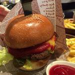 78798953 - ハンバーガーも美味しいですよ~