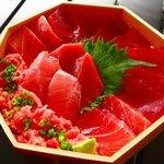 サスエ前田魚店 西小川店 - 料理写真:鮪三つ星丼 1500円