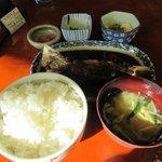 ごはん屋さん - 料理写真:マグロあご煮定食(ご飯大盛り)+冷奴2017.12.26