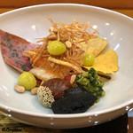 八重さわ - 喜知次焼、栗の渋皮煮、揚げ銀杏、クコの実、黒皮茸に青菜
