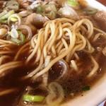 78809959 - 中華そばの麺接写。