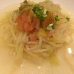 エトワール - からすみとベーコン、白菜のスープパスタ