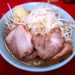 ラーメン二郎 - ブタ入り¥800 2017.12.14