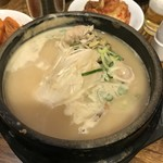 土俗村 蔘鷄湯 - 土俗村参鶏湯 16,000ウォン