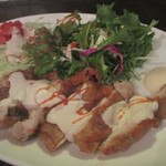 青い鳥のレストラン - 鶏のグリル タヒーナソース