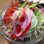 グリル竹 - 野菜サラダ¥600(税込)