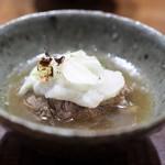 傳 - 牛すね肉と蕪の煮物