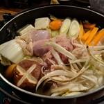 伍味酉 - 名古屋コーチン鍋  鶏肉・出汁が旨い!