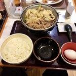 すき家 - 牛すき鍋定食