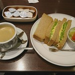 Cafe Miyama - Cセット 全粒粉ソフトタマゴサンド ホットコーヒー