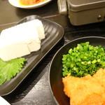 もつ鍋・もつしゃぶ たきもと - 豆腐とか
