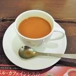 上島珈琲店 - ミルク投入