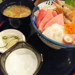 かっぱ亭 - 本日の海鮮丼