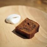 デュ バリー - キャラメルとリンゴの焼き菓子