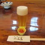 蕎上人 - 瓶ビール:700円と紅梅くらげ