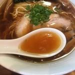 ラーメン屋 トイ・ボックス - 特選素材のスープ