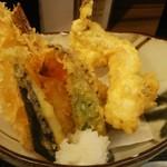 魚がし食堂 中央市場店 - 天ぷら。