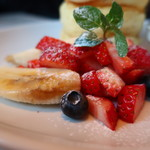 バター - 苺、ブルーベリー、バナナ