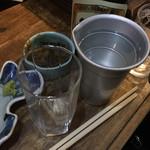 地酒と季節料理 おかやん - 焼酎お湯割り450円