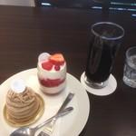 78861033 - ブラマンジェ、モンブラン、アイスコーヒー