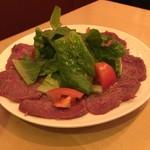 Meet Meats 5バル - 牛ランプ肉の炙りとカルパッチョ