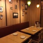 Meet Meats 5バル - 店内(2F)