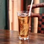 ドミニカ - 食べログクーポンのドリンクサービスでウーロン茶ゲット