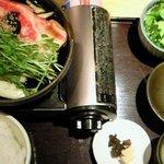 7887638 - 国産牛のすき焼き五寸鍋(100g) 1200円