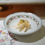 南蛮 銀圓亭 - チキンとオレンジのサラダ
