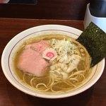 niboshichuukasobasuzuran - 煮干そば('18/01/03)