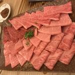 78873401 - 特撰牛肉盛り合わせ 5〜6種類