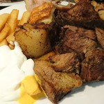 78874568 - 肉料理各種(一部です)