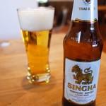 ダイニングカフェ バオバブ - シンハービール