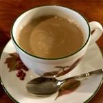 cafe 螢明舎 - カフェオレはまろやか