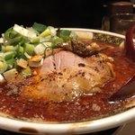 すごい煮干ラーメン凪 - 煮干しラーメンプラス魚介飯セット970円
