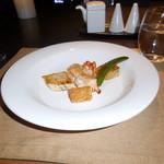 78888453 - カナダ産オマール海老とカジキマグロの鉄板焼です。カナダ産のオマール海老はバルサミコ風味のソースがベストマッチだし、カジキマグロの鉄板焼きは脂の旨味と柔らかさが最高でした。