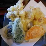 78889915 - 天ぷら。6種盛り。