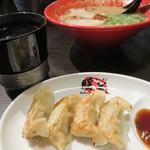 暖暮 - 餃子は博多一口餃子サイズです。