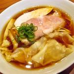 MOJA★MOJA - 料理写真:中華そば ワンタン