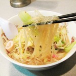 中華麺処 らん蘭 - 太平燕。麺は春雨。