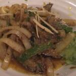 Bistro ひつじや - 牡蠣のマハラジャ炒め1080円
