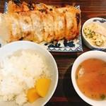 酒食堂 燦 - 餃子定食