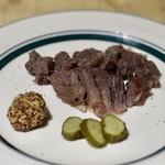 リベルタン - 鹿スネ肉のアイスバイン