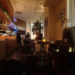 牡蠣と地中海料理 ALEGRIA - 店内